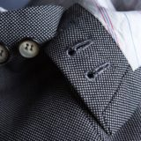 Sleeves with real button holes
